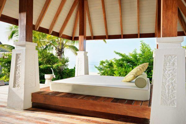 insel-seite-jumeirah-vittaveli-beach-villa-private-sala-Maledivenexperte
