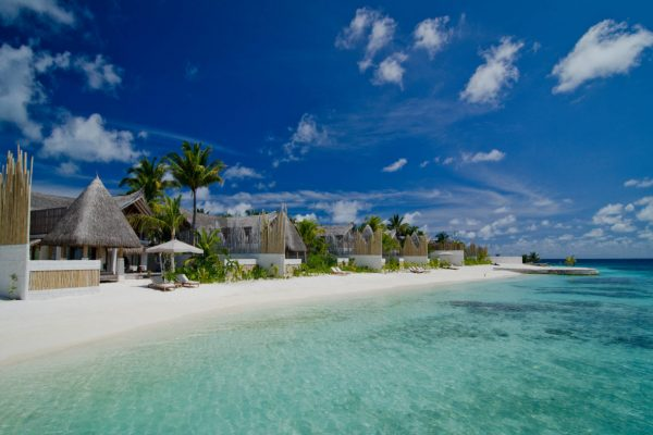 insel-seite-jumeirah-vittaveli-beach-villa-view-01-Maledivenexperte