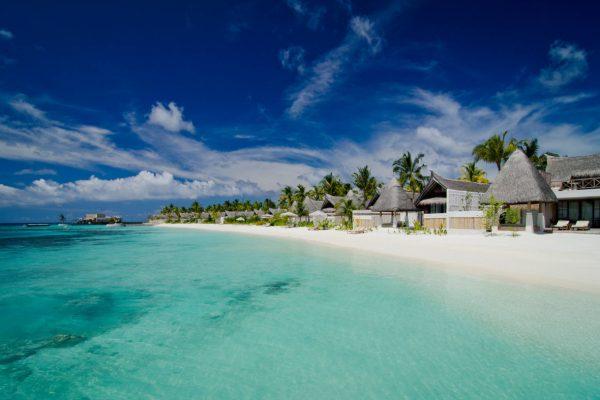 insel-seite-jumeirah-vittaveli-beach-villa-view-02-Maledivenexperte