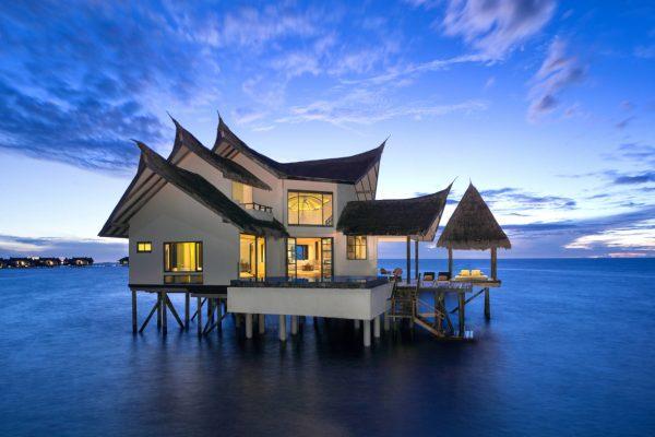 insel-seite-jumeirah-vittaveli-ocean-suite-01-Maledivenexperte