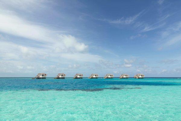 insel-seite-jumeirah-vittaveli-ocean-suite-03-Maledivenexperte