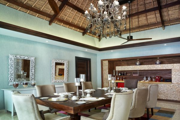 insel-seite-jumeirah-vittaveli-royal-residence-dining-pavilion-01-Maedivenexperte