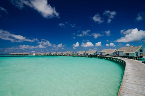 insel-seite-jumeirah-vittaveli-water-villas-Maledivenexperte