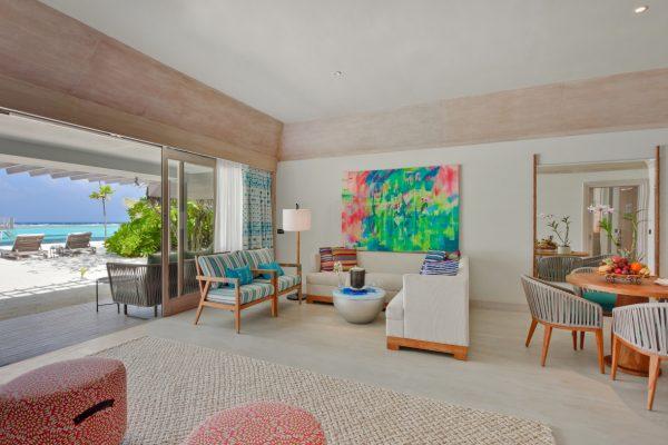 insel-seite-kanahura-island-resort&spa-grand-beach-villa-retreat-family-beach-pool-villa-02-Maledivenexperte