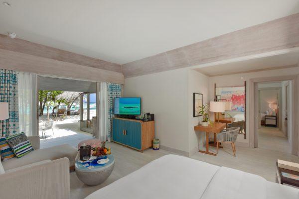 insel-seite-kanahura-island-resort&spa-grand-beach-villa-retreat-family-beach-pool-villa-04-Maledivenexperte