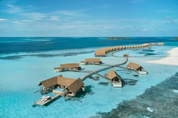 insel-seite-maledivenexperte-como-cocoa-island-water-pool-villa-07