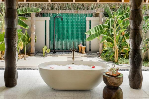 insel-seite-maledivenexperte-joali-maldives-zimmer-beach-villa-with-pool-04