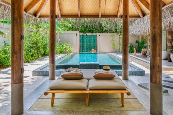 insel-seite-maledivenexperte-joali-maldives-zimmer-family-beach-villa-with-2-pools-01