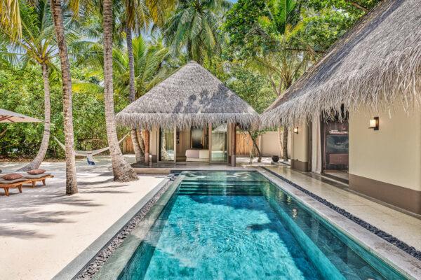 insel-seite-maledivenexperte-joali-maldives-zimmer-family-beach-villa-with-2-pools-02