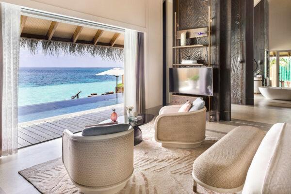insel-seite-maledivenexperte-joali-maldives-zimmer-water-villa-with-pool-04