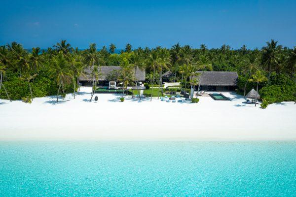 insel-seite-one&only-reethi-rah-grand-sunset-residence-aerial-01-Maledivenexperten
