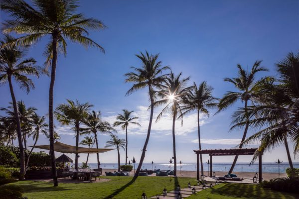 insel-seite-one&only-reethi-rah-grand-sunset-residence-private-courtyard-02-Maledivenexperte