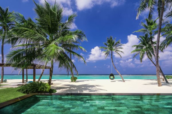 insel-seite-one&only-reethi-rah-grand-sunset-residence-private-pool-01-Maledivenexperten