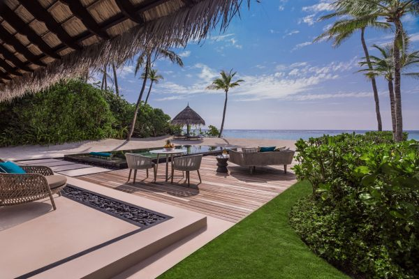 insel-seite-one&only-reethi-rah-grand-sunset-residence-second-villa-outlook-deck-Maledivenexperten