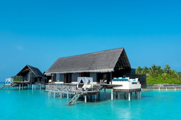 insel-seite-one&only-reethi-rah-grand-water-villa-aerial-Maledivenexperte