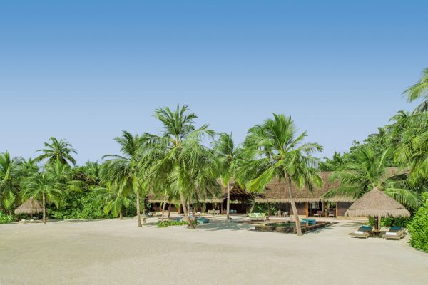 insel-seite-one&only-reethi-rah-two-villa-residence-exterior-02-Maledivenexperte