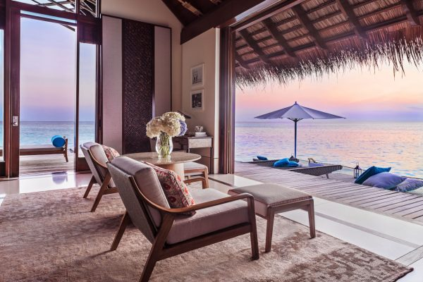 insel-seite-one&only-reethi-rah-water-villa-view-from-villa-01-Maledivenexperte
