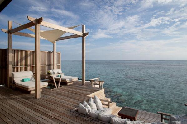 insel-seite-ozen-reserve-bolifushi-ocean-pool-suite-06