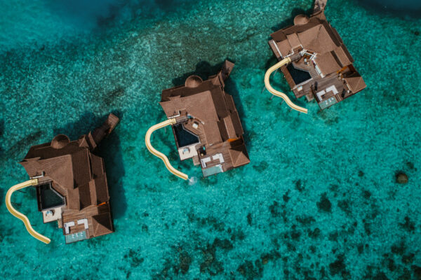 insel-seite-ozen-reserve-bolifushi-private-ocean-reserve-with-slide-02