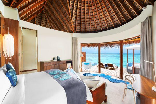 insel-seite-w-maldives-fabulous-overwater-oasis-interior-02-Maledivenexperte