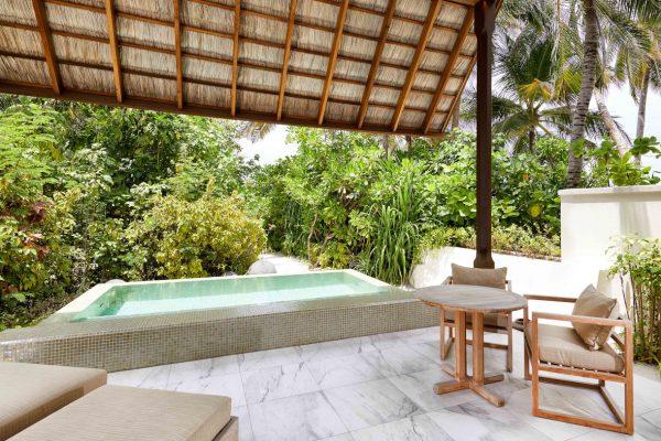inselseite-conrad-rangali-island-deluxe-beach-villa-maledivenexperte-05