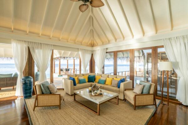 Insel-seite-Anantara-Kihavah-Maldives-Villas-zimmerkategorien-Two-Bedroom-Over-Water-Pool-Residence-maledivenexperte-04