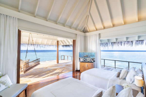 Insel-seite-Anantara-Kihavah-Maldives-Villas-zimmerkategorien-Two-Bedroom-Over-Water-Pool-Residence-maledivenexperte-07