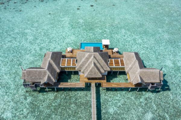 Insel-seite-Anantara-Kihavah-Maldives-Villas-zimmerkategorien-Two-Bedroom-Over-Water-Pool-Residence-maledivenexperte-11