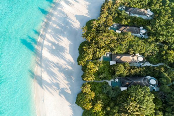 insel-seite-Anantara-Kihavah-zimmerkategorien-Beach-Pool-Villa-maledivenexperte-5