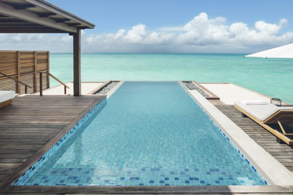 insel-seite-fairmont-maldives-grand-water-villa-plunge-pool-landscape-MAledivenexperte