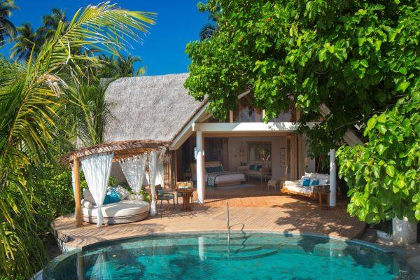 insel-seite-milaidhoo-island-beach-pool-villa-08-Maledivenexperte