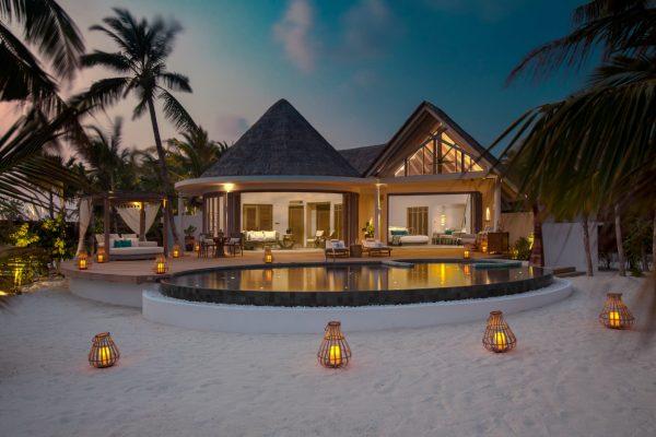 insel-seite-milaidhoo-island-beach-residence-01-Maledivenexperte