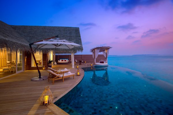 insel-seite-milaidhoo-island-ocean-residence-deck-03-Maledivenexperte