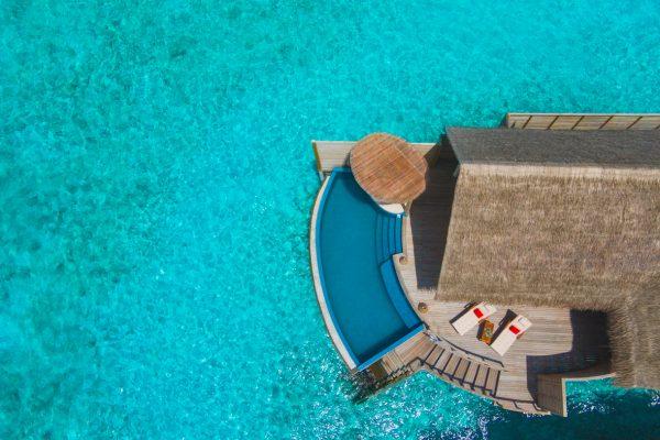 insel-seite-milaidhoo-island-water-pool-villa-exterior-05-Maledivenexperte