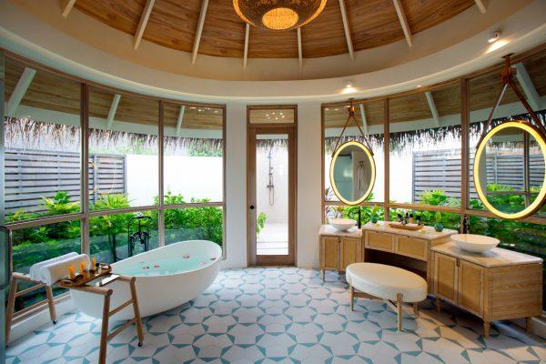 insel-seite-milaidhoo-island-water-pool-villa-exterior-10-Maledivenexperte