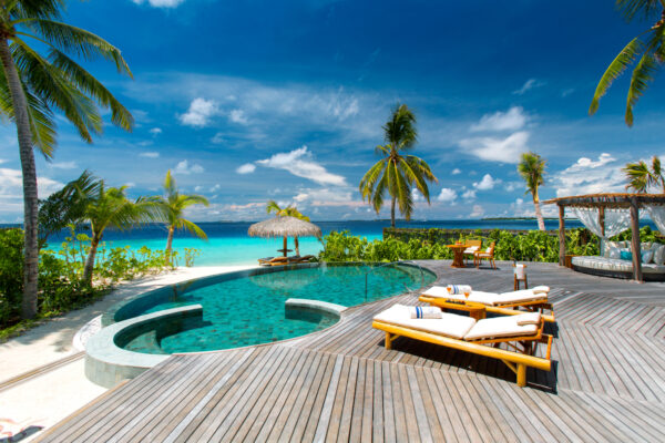 insel-seite-milaidhoo-island-zimmer-beach-residence-03