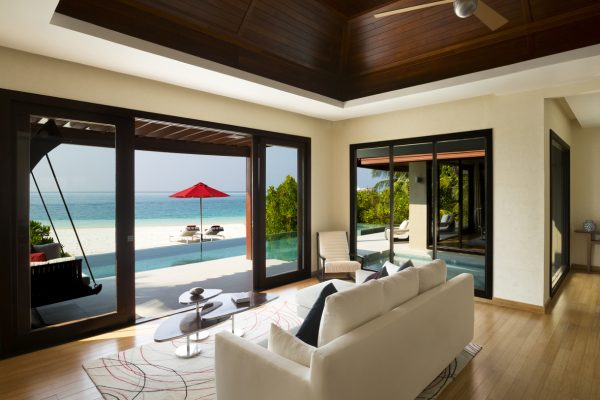 insel-seite-niyama-private-island-one-bedroom-beach-pool-pavilion-bedroom-livingroom-Maledivenexperte