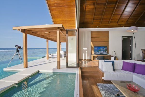 insel-seite-niyama-private-island-two-bedroom-ocean-pool-pavilion-interior-01-Maledivenexperte