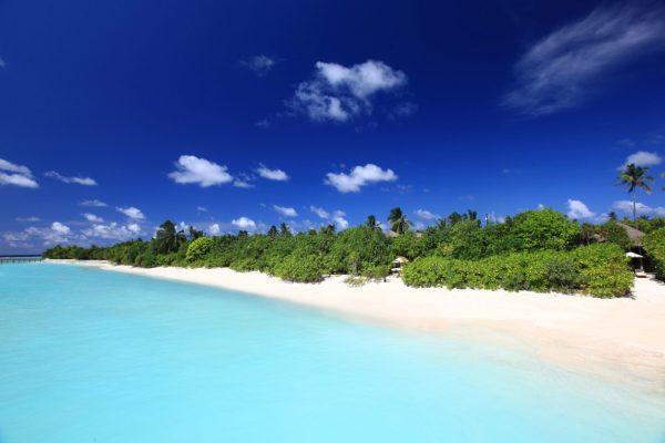 insel-seite-six-senses-laamu-beach-villa-aerial-02-Maledivenexperte