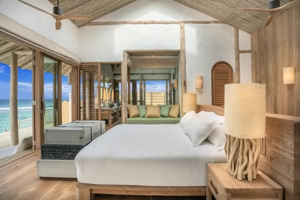 insel-seite-soneva-fushi-2-bedroom-water-retreat-rutsche-02