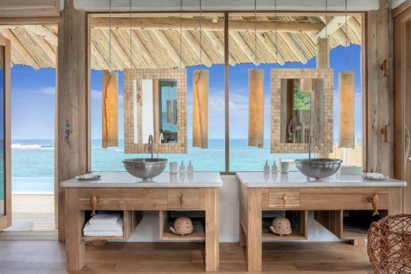 insel-seite-soneva-fushi-2-bedroom-water-retreat-rutsche-05