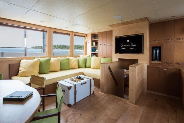 insel-seite-soneva-in-aqua-main-living-room-Maledivenexperte