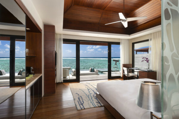inselseite-niyama-private-island-maldives-zimmer-deluxe-water-pool-villa-03