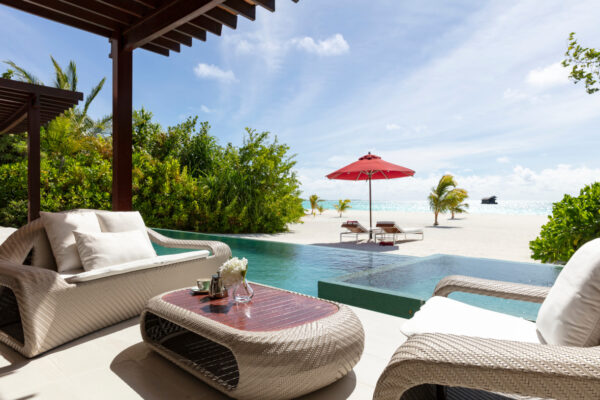 inselseite-niyama-private-island-maldives-zimmer-one-bedroom-beach-pool-pavilion-03
