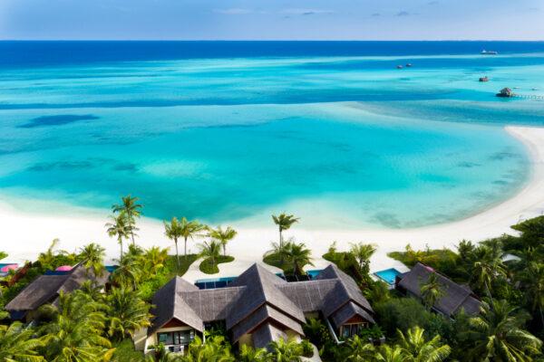 inselseite-niyama-private-island-maldives-zimmer-three-bedroom-beach-pool-pavilion-03