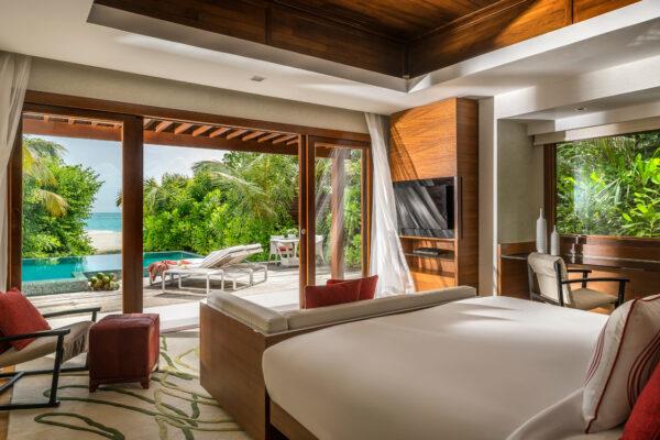 inselseite-niyama-private-island-maldives-zimmer-three-bedroom-beach-pool-pavilion-06