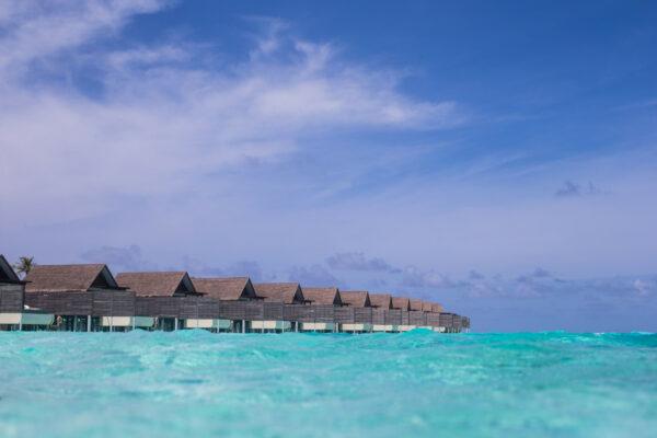 inselseite-niyama-private-island-maldives-zimmer-water-pool-villa-01