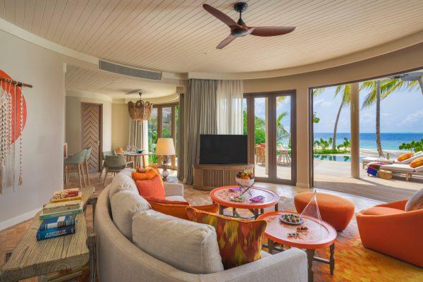 insel-seite-the-nautilus-unterkunft-Beach-Residence-with-Pool-maledivenexperte-01