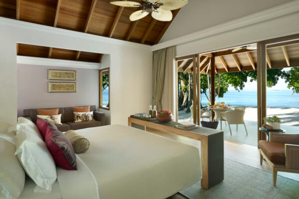 insel-seite-dusit-thani-maldives-two-bedroom-family-villa-01-Maledivenexperte
