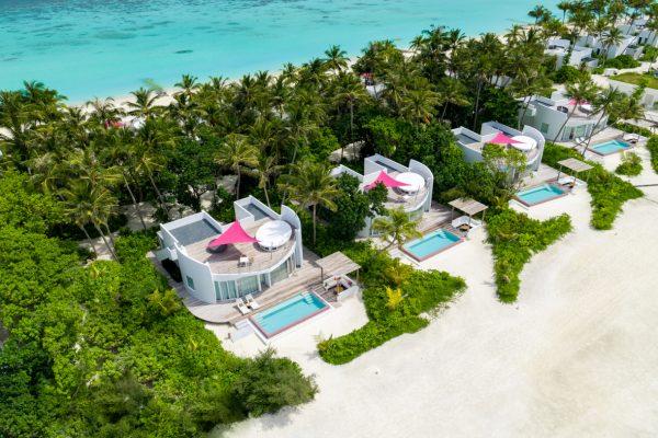 insel-seite-lux-north-male-atoll-beach-villa-hero-3-Maledivenexperte